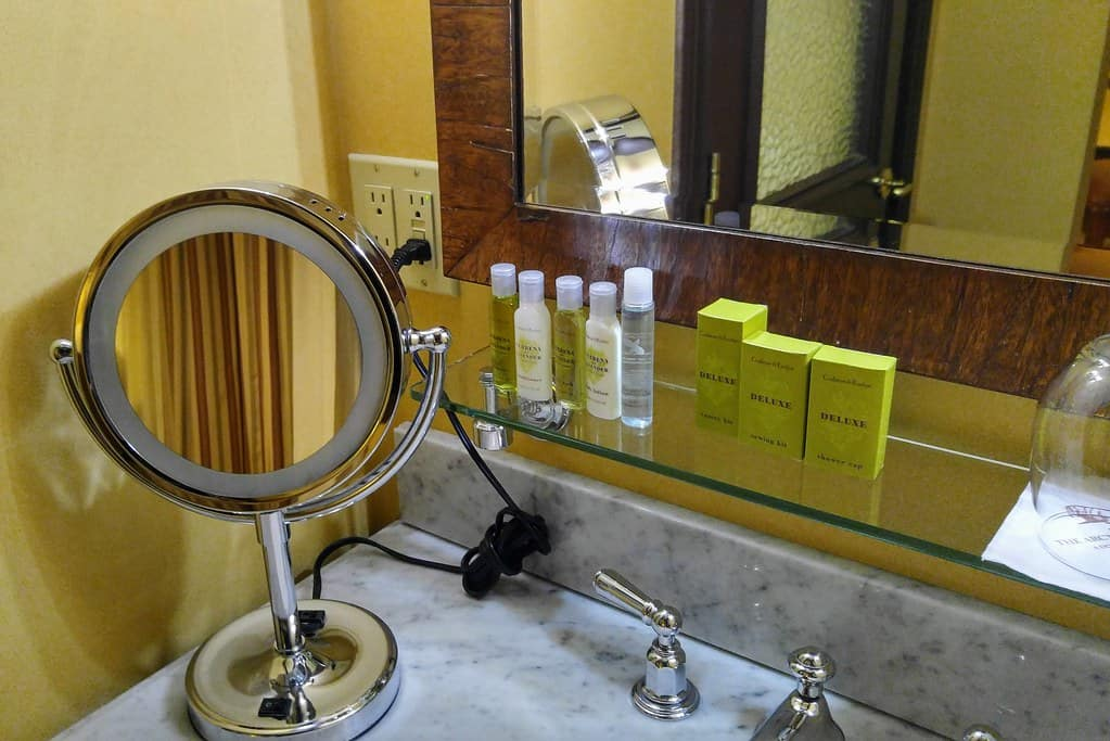 Makeup-and-Toiletries